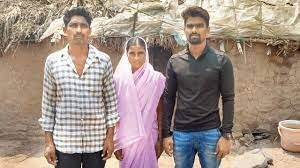 Jadhav with his mother and father at Satara (Source: Mid-day.com)