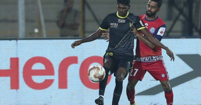 Hyderabad FC's Liston Colaco in action against Jamshedpur FC (Image: ISL)