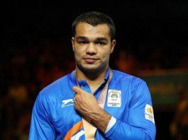 Boxer Vikas Krishan to train in US and resume professional boxing