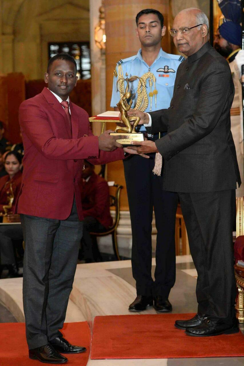 Anthony Amalraj felicitated with Arjuna Award (Source: Anthony Amalraj/Facebook)